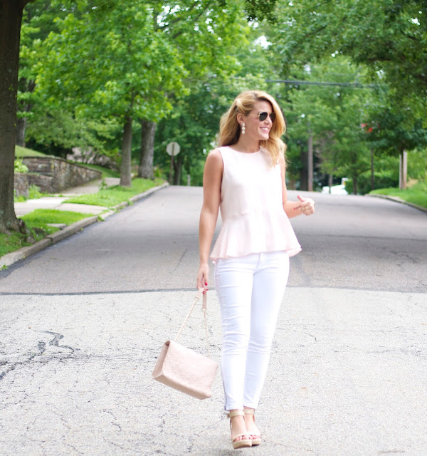 Club Monaco Seymour top and Banana Republic white jeans