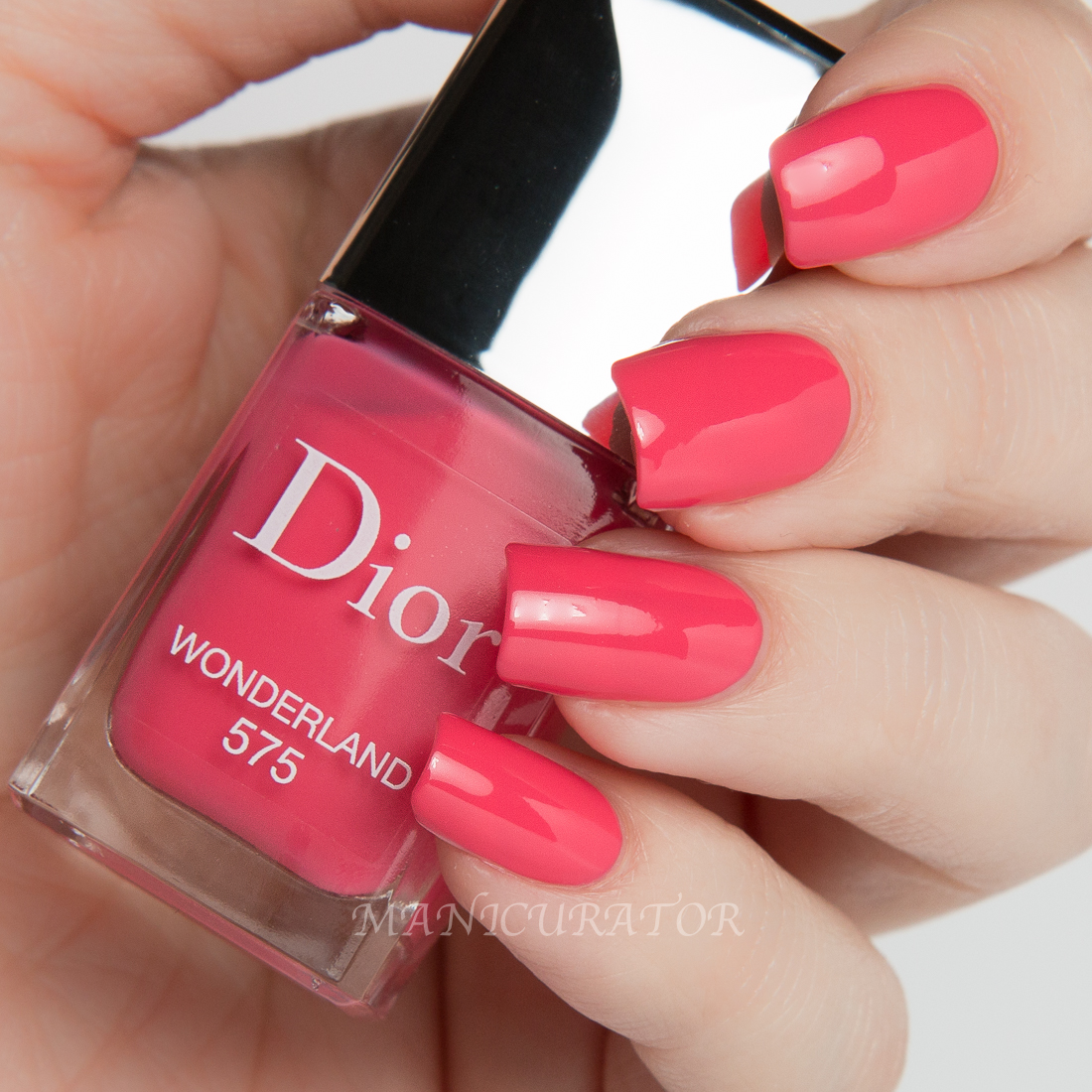 Dior-Gel-Wonderland-575-Swatch