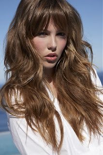 long hairstyles for round faces 2012 3 Long Hairstyles 2013 for Round Faces
