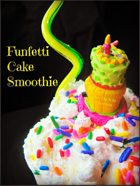 Funfetti Cake Smoothie, a delicious but light combination for the popular dessert, without the cake batter!
