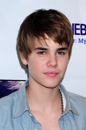 justin bieber new haircut 2011. pictures Justin Bieber New