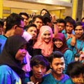 Foto 3: Fatin and Fatinistic Di YKS (Yuk Keep Smile) Trans TV