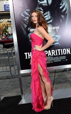 Ashley Greene - Imagenes/Videos de Paparazzi / Estudio/ Eventos etc. - Página 24 Ashley-greene-082312-%2B%25281%2529
