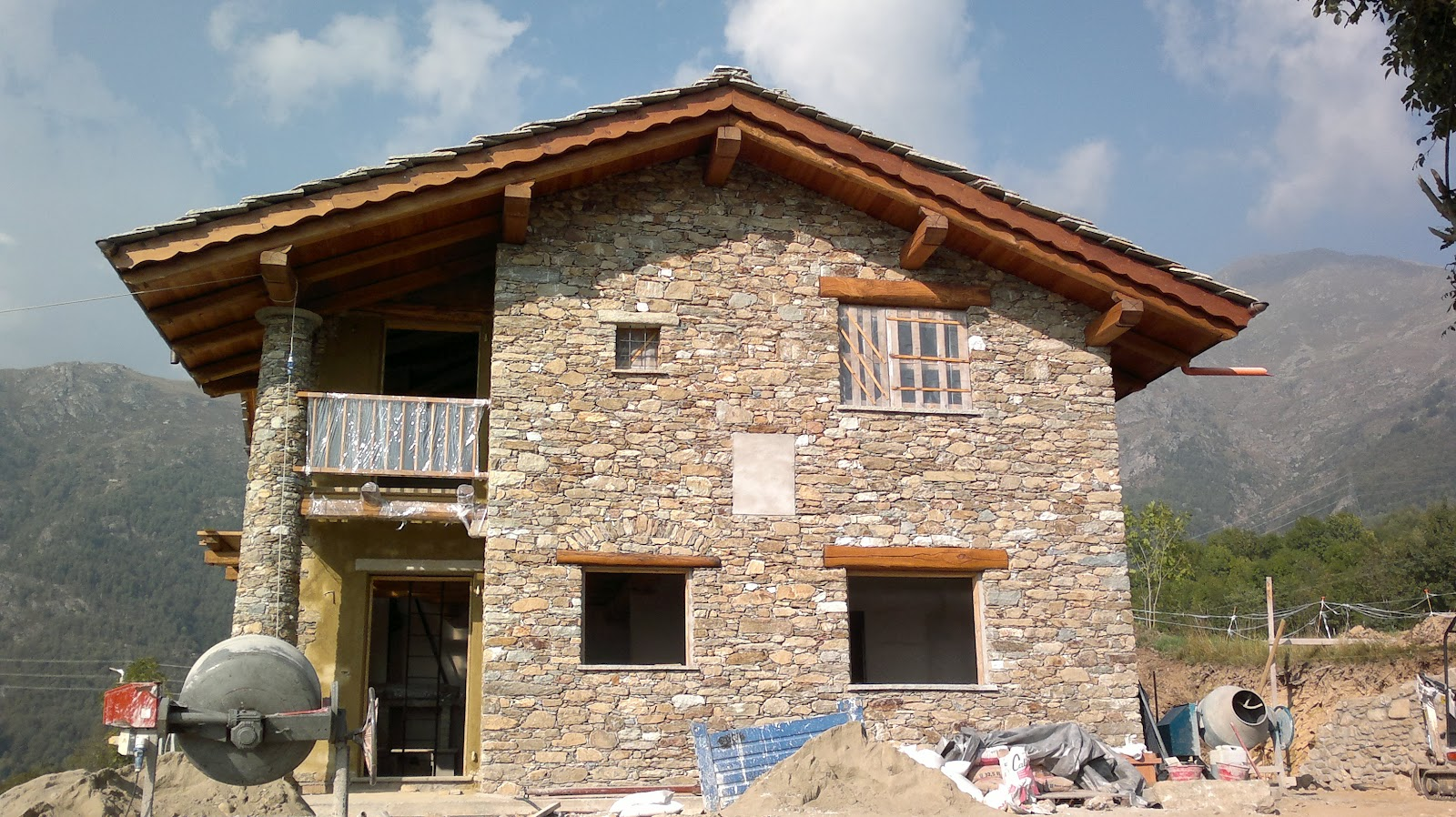 Pin paesaggio montagna copertine facebook gratis per on for Costruttore di casa gratuito