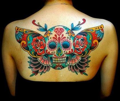 Fotos de tatuagens de caveira mexicana com diamante