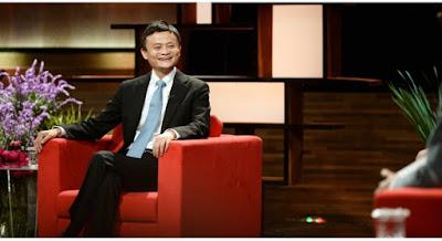 Jack Ma: '25 tuổi, cứ sai lầm thoải mái! Trên 40 thì đừng nhảy lung tung nữa!'