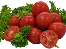 jus bayam tomat adalah jus yang enak dan sehat untuk tubuh kita