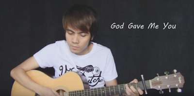 Incredible Filipino shows his talent in playing the guitar
