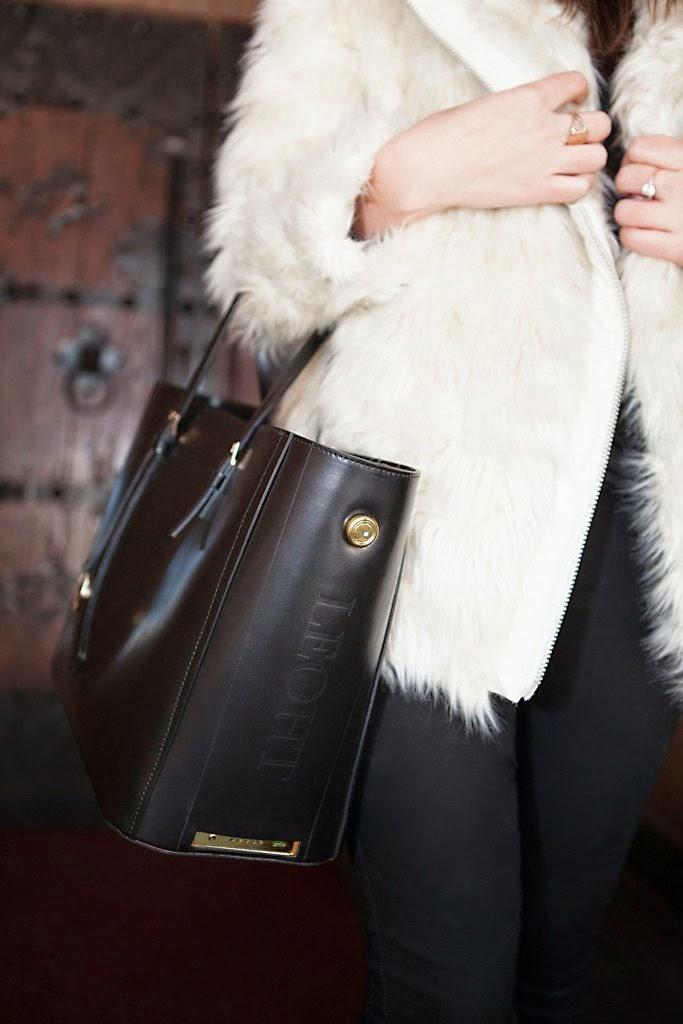 Leoht fashion technology tote - Hello, Handbag