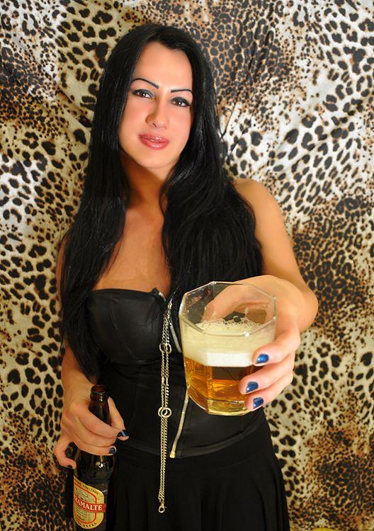 FOTO 15  com cervejas