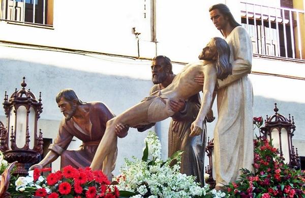 Paso Camino del Sepulcro. Cofradía de Nuestra Señora de las Angustias y Soledad. León. Foto. G. Márquez