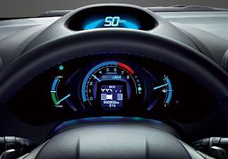 Ecological Drive Assist System,sudah termasuk dalam standar untuk semua model.