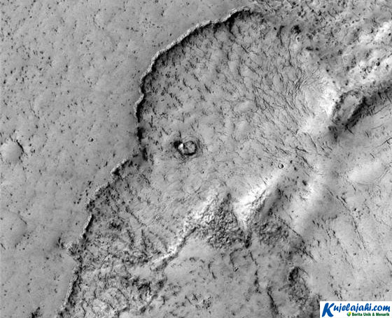 Ternyata Ada Gambar Gajah di Planet Mars - Kujelajahi.com