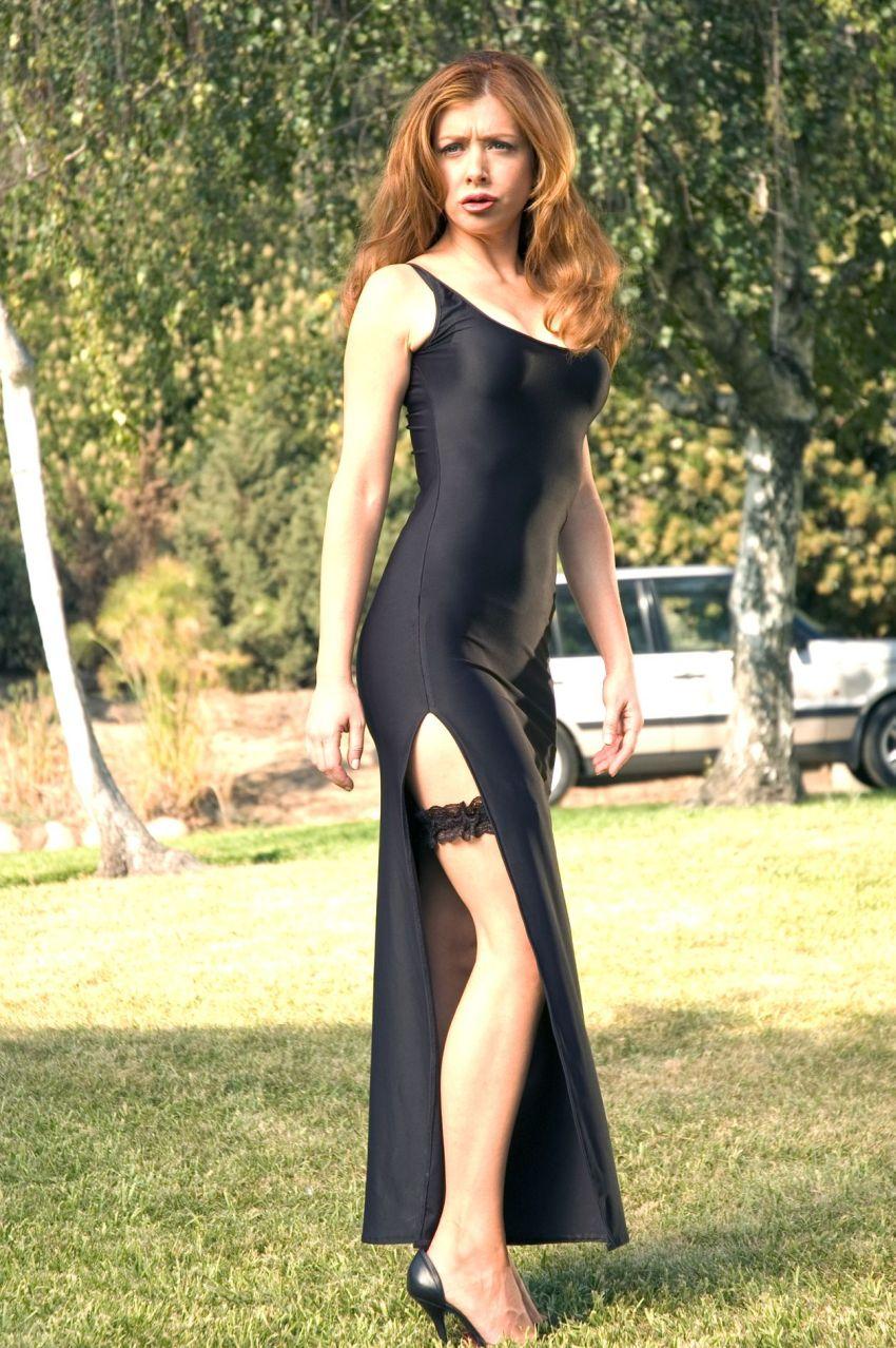 Alyson Hannigan Sexy Pictures