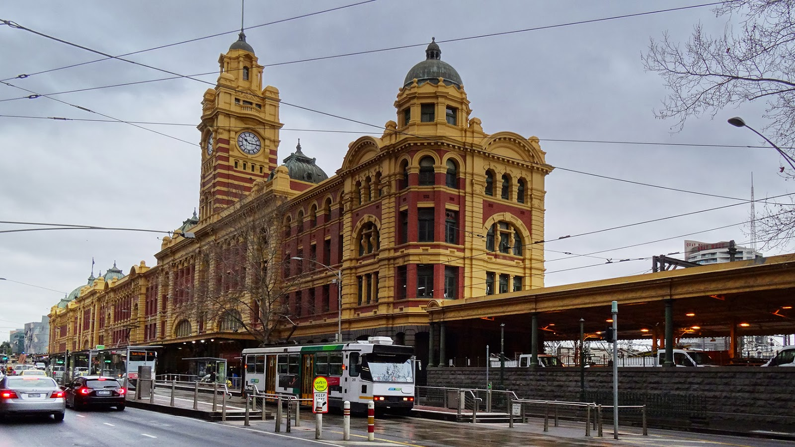 melbourne fresh daily flinders st station. Black Bedroom Furniture Sets. Home Design Ideas