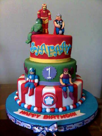 itsybitsy-bite: Avengers Cake + Cupcakes for Syafaat 1st ...