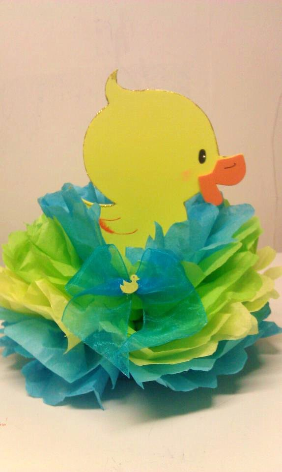 Rubber Duck Baby Shower Centerpieces http://adrianasuniquecreations.blogspot.com/p/baby-shower-theme-centerpieces.html