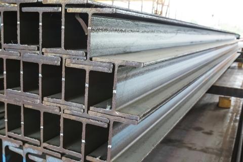 Pilastri in ferro usati