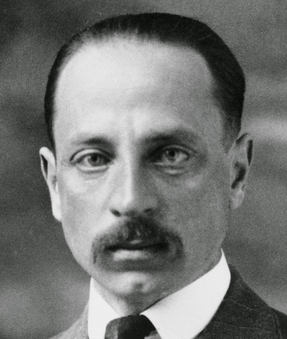 essays about rainer maria rilke As a lover of famous correspondence, especially extraordinary love letters, and of rainer maria rilke, i was instantly enamored with rilke and andreas-salomé: a love story in letters (public library)—a magnificent collection of letters exchanged between rilke and the russian-born writer .