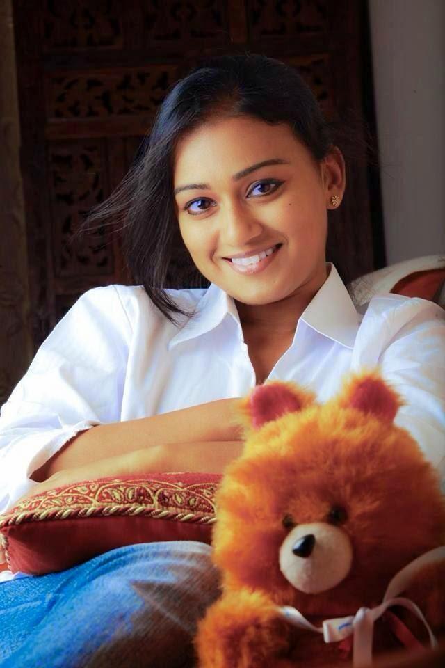 Pranayam serial actress varadha
