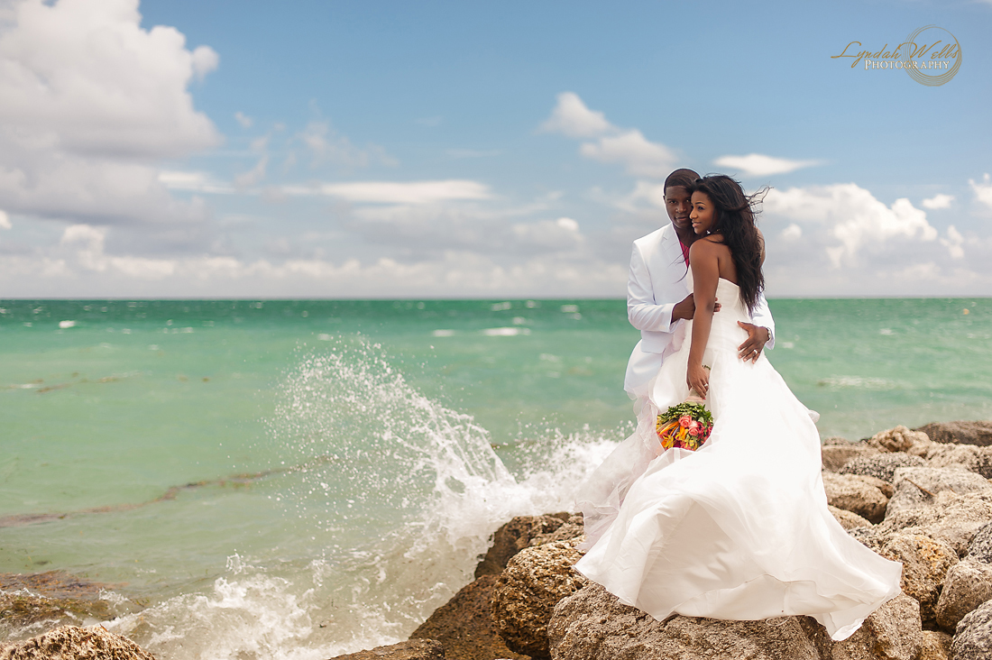 Sneak Peek Danielle Derails Intimate Bahamas Destination Wedding