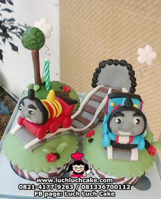 Cupcake Thomas Kereta Api Daerah Surabaya - Sidoarjo