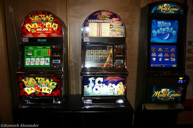 Казино колизей мячковский игровые автоматы пирамида казино секрет