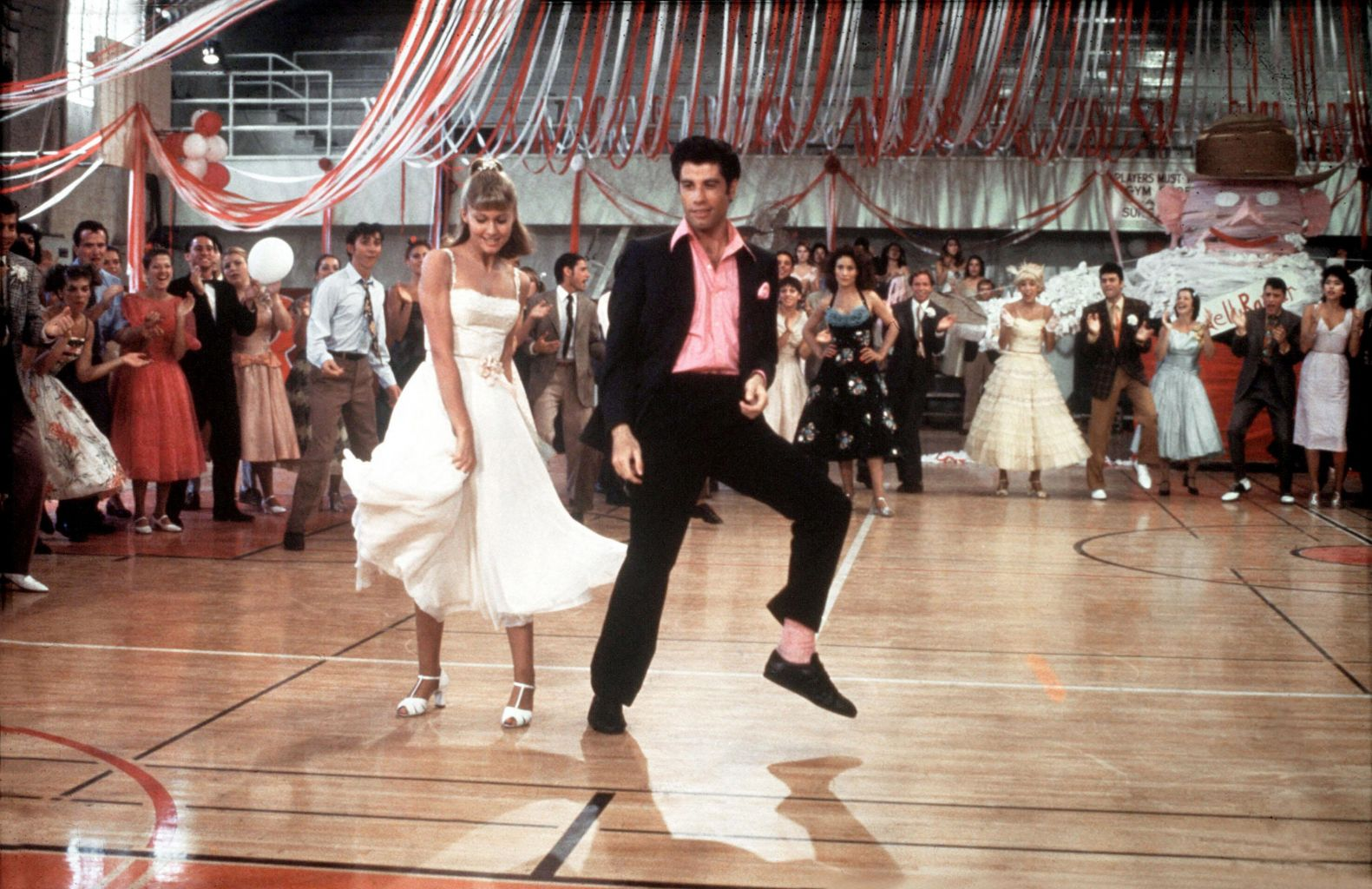 grease the movie Watch online full movie: grease (1978) for free good girl sandy and greaser danny fell in love over the summer but when they unexpectedly discover they're now in.