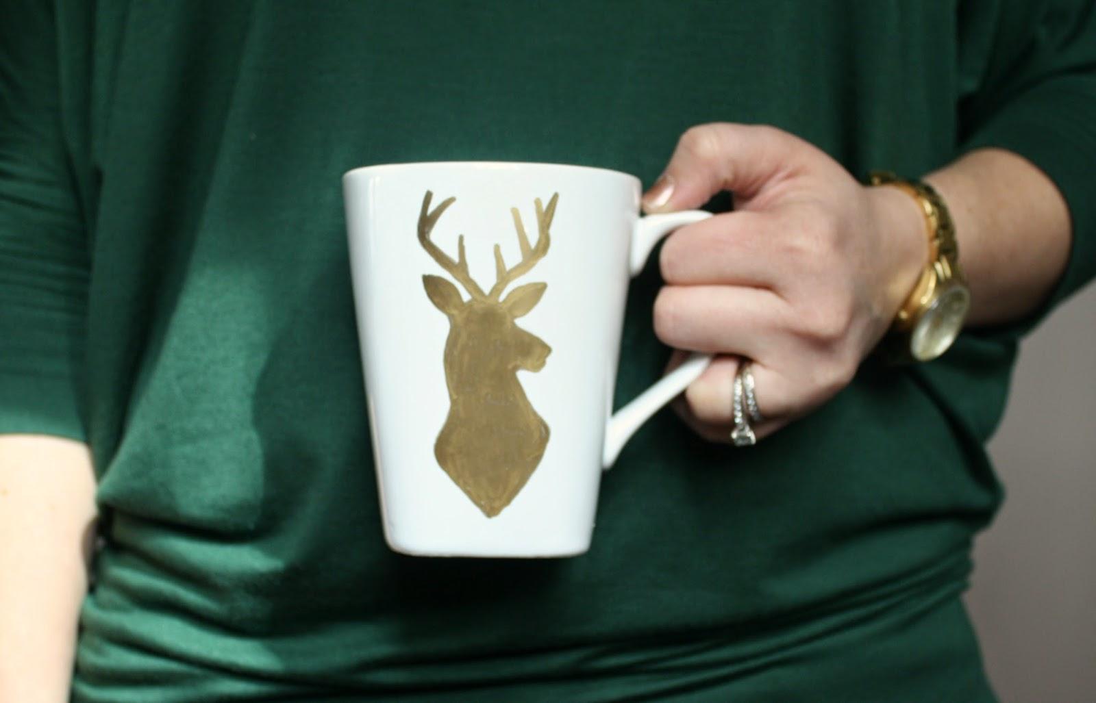 http://www.livealittlewilderblog.com/2014/01/painted-mugs-tutorial.html