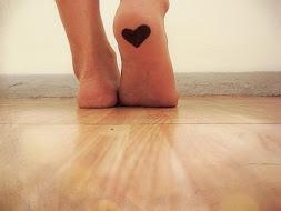 Pensa muito bem em quem vais pisar. O chão que pisas é o mesmo que te apoia.