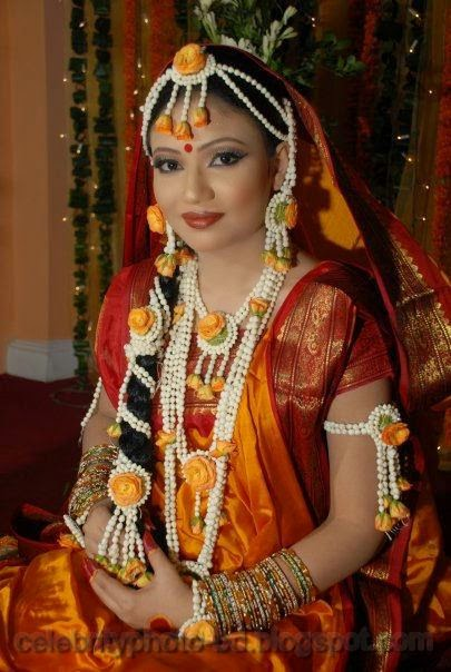 Latest+Photo+Tips+For+Looking+Hot+And+Beautiful+In+Gaye+Holud+Festival008