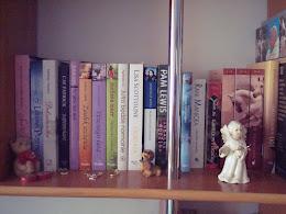 """""""Przyzwyczaić się do czytania książek, to zbudować sobie schron przed większością przykrości życia"""""""