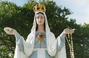 Blog: Arautos da Rainha e Mensageira da Paz