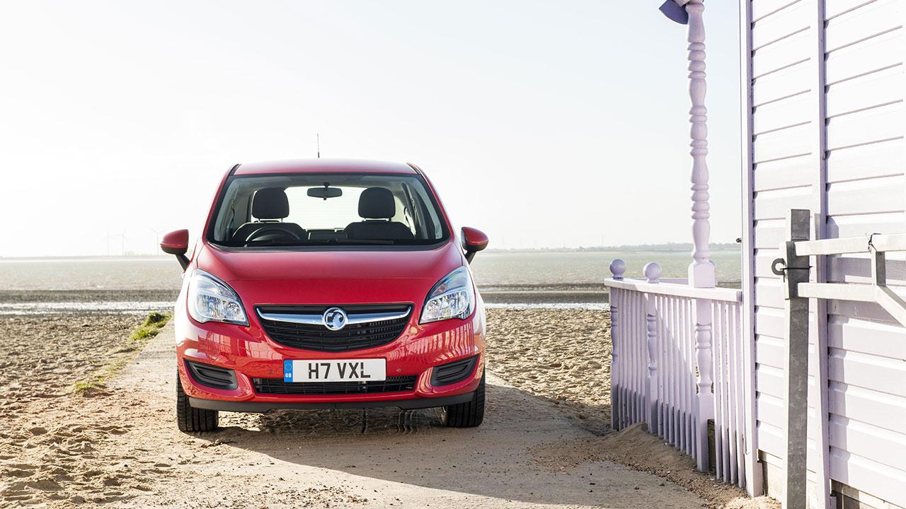 Vauxhall Meriva front