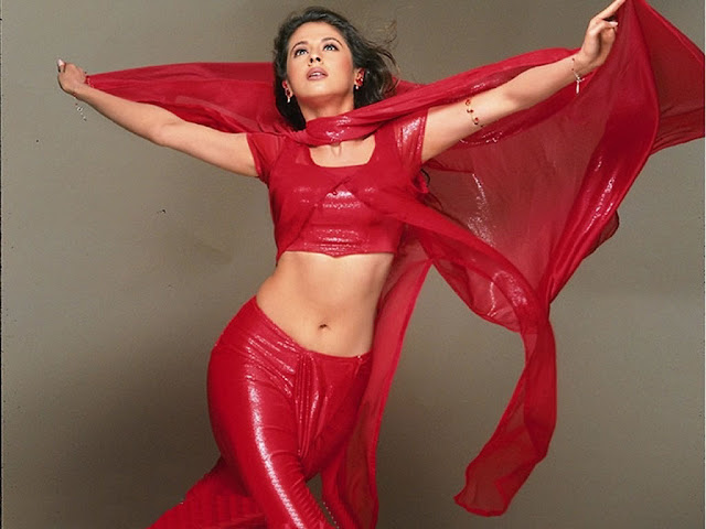 Big Bobs Pictures: Bollywood Hot Actress Urmila Matondkar