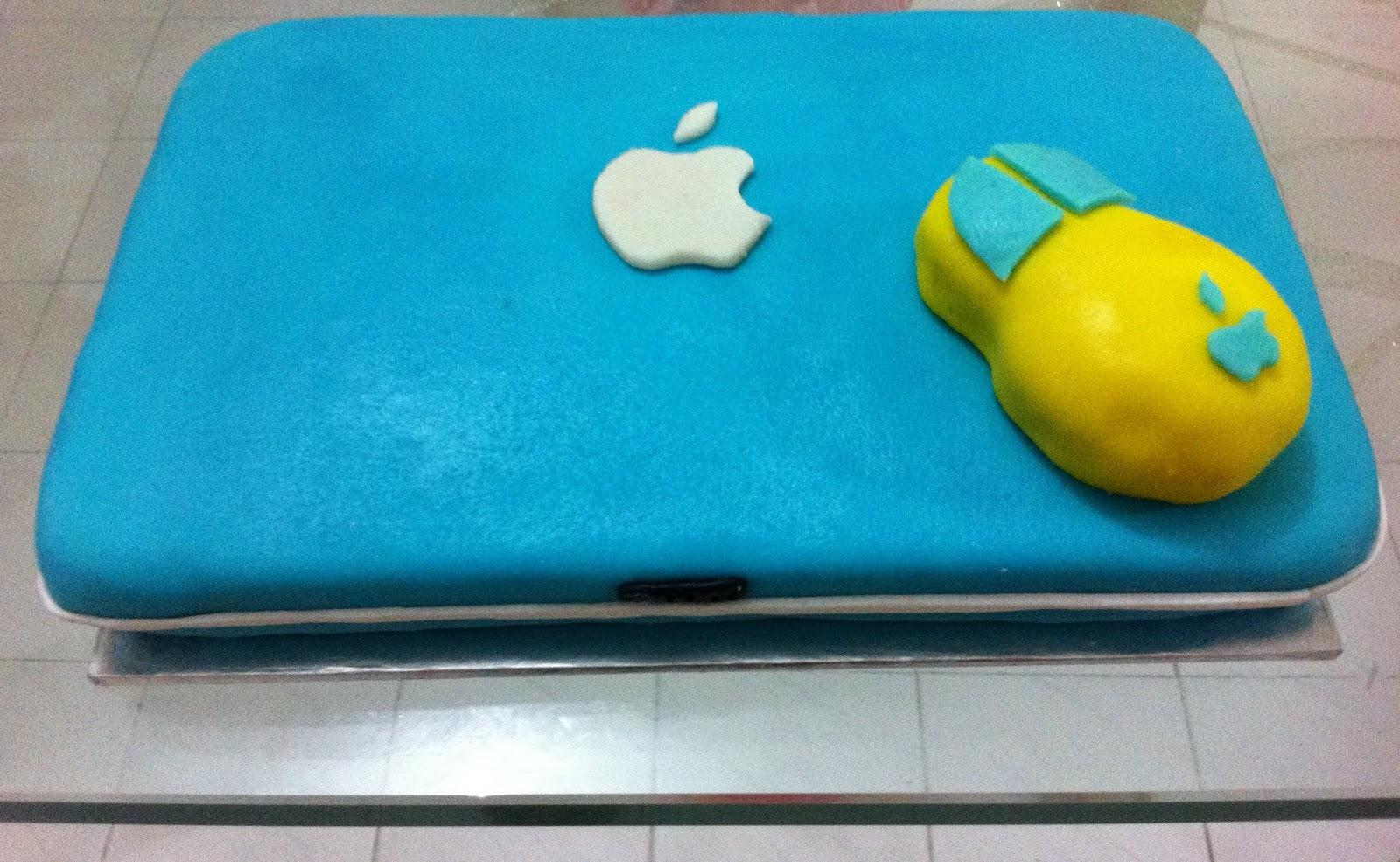 Cake Laptop Designs : Fondant Cake - Laptop The Scandal of Cakes