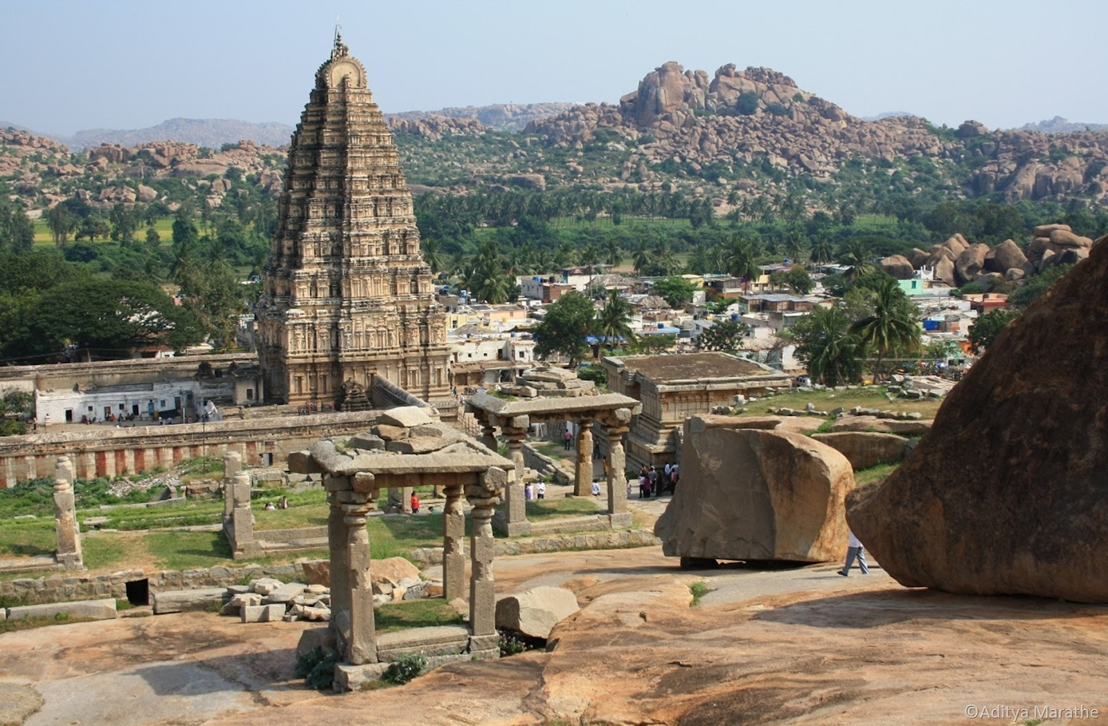tourist attractions in india essays