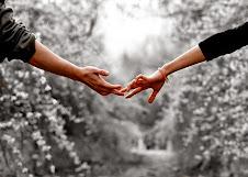 Ο άνθρωπος θα γεννηθεί όταν θα καταλάβει ότι δεν είναι μόνο το «εγώ», είναι και «ο άλλος»
