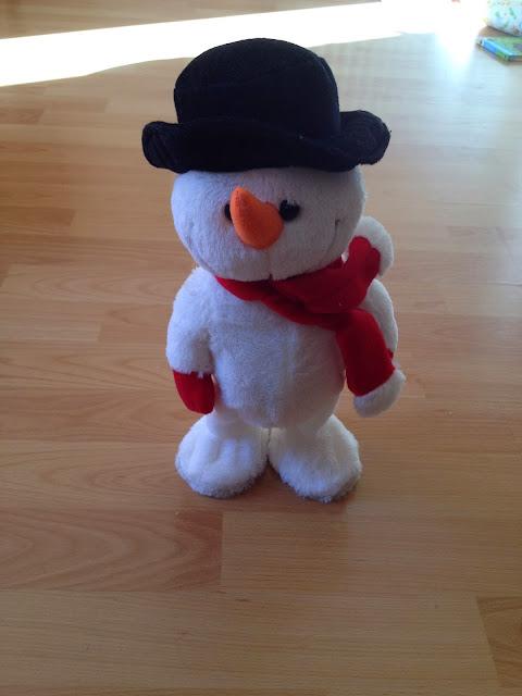 singing dancing snowman