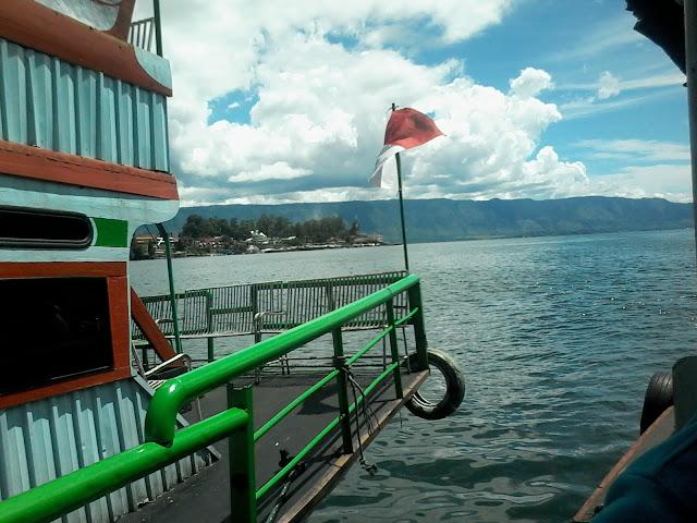 Cerita Payudara Besar dari Pulau Samosir (2)