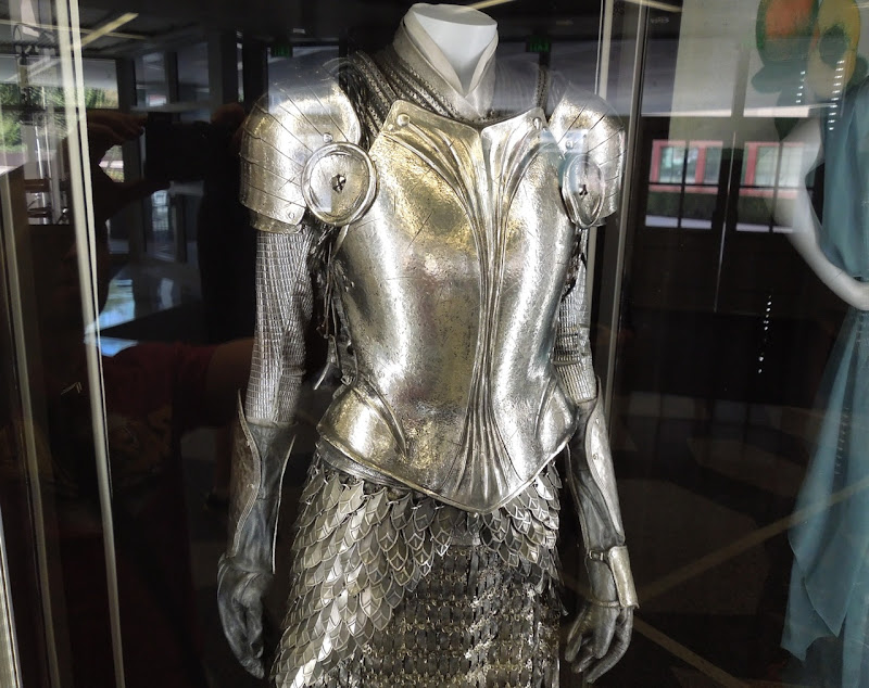 Alice in Wonderland armour