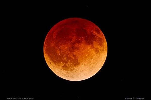 GALERI FOTO: Menakjubkannya Gerhana Bulan Total 8 Oktober 2014