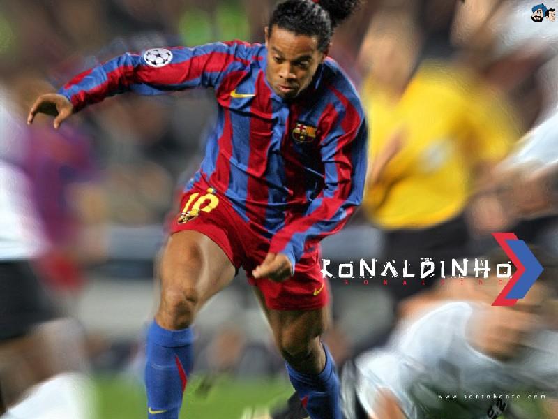 Ronaldinho Gaucho fotos da internet - Mundo Pop