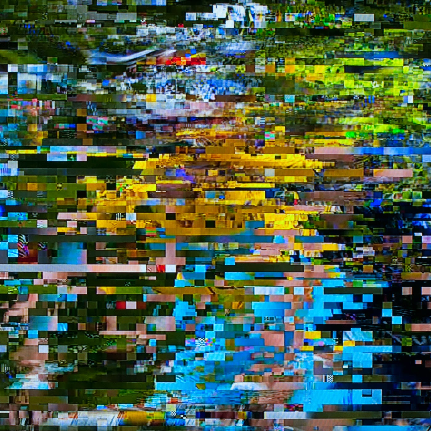 glitch, tim macauley, you won't see this at MoMA, le tour de france, 2014, abstract, abstraction, tv coverage, signal loss, noise to signal ratio, photographic art, graphic, digital, noise, signal, Vincenzo Nibali, yellow jersey