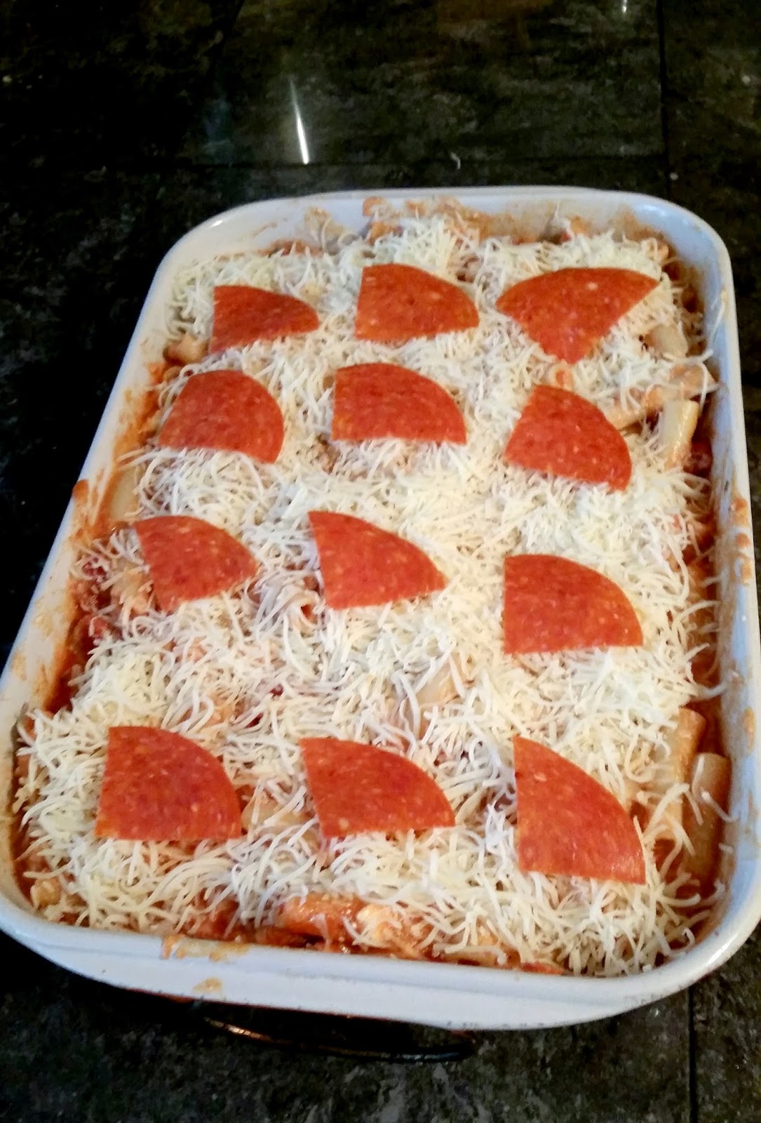 Sausage & Pepperoni baked Ziti : A New Family Favorite! Perfect kid-friendly and crowd-pleasing dish! #FamilyFavorites #shop
