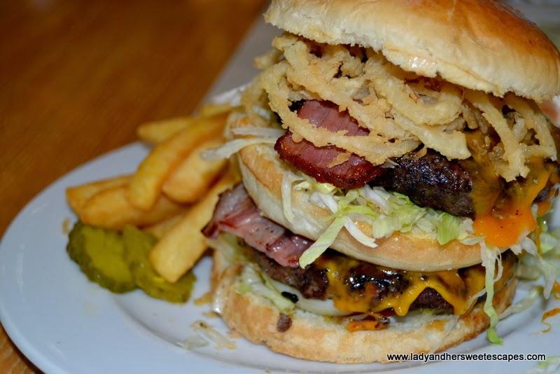 Double decker burger at Bennigan's The Dubai Mall