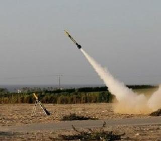 صاروخ M75 اطلق من رفح صوب عسقلان ، والإحتلال : سنرد في الوقت المناسب
