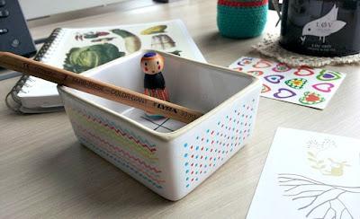 julie adore vid poche crayon cahier the love organic geant des beaux arts