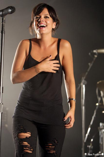 Lily Allen Hot Pics