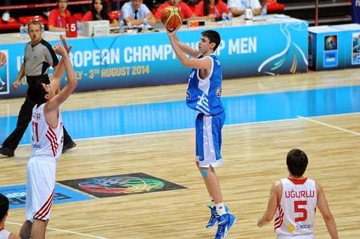 Ανετη επικράτηση επί του Μαυροβουνίου για την Εθνική Εφήβων-Στην τρίτη θέση του ομίλου τερμάτισαν οι διεθνείς μας-Πρώτος σκόρερ ο Τσαλμπούρης, νταμπλ-νταμπλ ο Χαραλαμπόπουλος